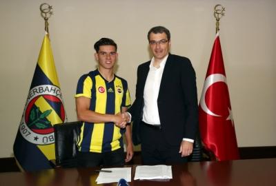 Fenerbahçe, Genç Yıldızı Renklerine Kattı
