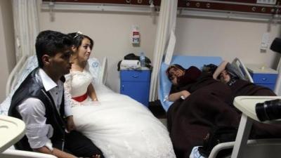 Gelin Ve Damadın Düğünü Zehir Oldu! Hem Kendileri Hem De 143 Kişi Hastanelik Oldu