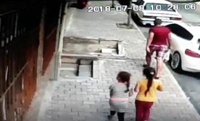 İki Çocuğa Cinsel İstismarda Bulunmaya Çalışan Sapığa Mahalleliden Meydan Dayağı