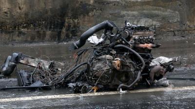 İstanbul Sarıyer'de Korkunç Olay! Otomobilin Motoru Yola Fırladı