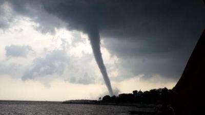 İstanbullular Dikkat! Meteoroloji'den Hortum Ve Dolu Uyarısı