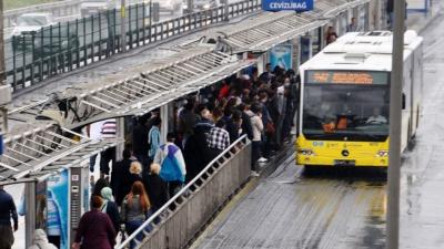 İstanbullular Müjde! Toplu Taşıma O Gün Yüzde 50 İndirimli Olacak