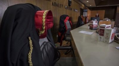 Kayseri'de Hakim Kocasına Evden Uzaklaştırma Verdiği Kadınla Sarmaş Dolaş Yakalandı