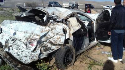 Malatya'da Feci Kaza! Otomobil Tarlaya Uçtu: 1 Ölü, 4 Yaralı