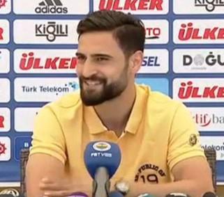 """Mehmet Ekici"""" Fenerbahçe'ye Söz Verdiğim İçin 6 Ay Oynamamayı Göze Aldım"""""""