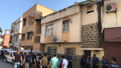 Mersin'de Dehşet! İhbar Üzerine Eve Giden Ekipler 3'ü Çocuk 5 Kişinin Cesedini Buldu