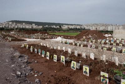"""""""Ölen Teröristler Nerede"""" Deniyordu! İşte Afrin'de Çekilen Terörist Mezarlarının Görüntüleri"""