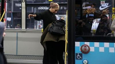 Otobüste Yolcunun Cep Telefonu Çalındı, Şoför Kapıları Kapatıp Kimseyi İndirmedi