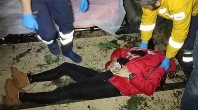 Parkta Korkunç Olay! Genç Kadın Silahla Vurularak Ağır Yaralandı