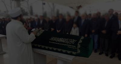Sakarya'da Akıl Almaz Olay! Cenaze Namazı Sonrasında Mezarlıkta Tabutu Açan Cemaat Gördüğü Manzara Karşısında Büyük Şok Yaşadı