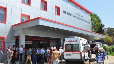 Şanlıurfa'da İki Otomobil Kafa Kafaya Çarpıştı! 5 Kişi Öldü, 2 Kişi Yaralandı