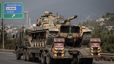 Sınırda Askeri Hareketlilik! Tank Ve Zırhlı Araç Sevkiyatı Yapılmaya Devam Ediliyor