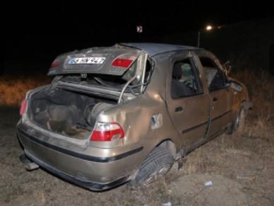 Sivas'ta Otomobil Şarampole Uçtu! 1 Kişi Öldü, 5 Kişi Yaralandı