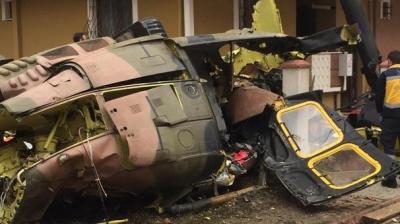 Son Dakika! İstanbul Sancaktepe'de Askeri Helikopter Düştü, Olay Yerinden İlk Görüntüler
