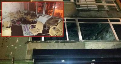 Son Dakika! İstanbul'da Vatandaşlar HDP Binasını Ateşe Verdi, Gerginlik Trmanıyor!