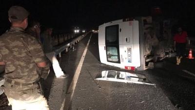 Son Dakika! Şanlıurfa'da Minibüs Kazası, 18 Yaralı