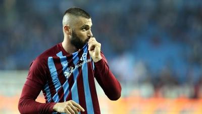 Süper Lig'de Büyük Bomba Patlıyor! Burak Yılmaz Geri Dönüyor