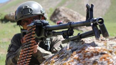 Tunceli'de PKK'lı Terörist Sivil Vatandaşın Aracını Gasp Etti! Kırsal Bölgeye Yapılan Operasyonda İse Etkisiz Hale Getirildi