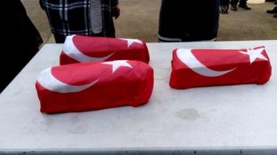 Türk Bayraklarına Sarılı Minik Bedenleri Görenler Gözyaşlarına Boğuldu