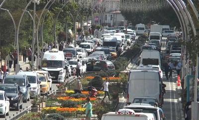 Türkiye'nin En Az Nüfusa Sahip Kentinde Araba Park Edecek Yer Kalmadı
