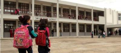 Tuz Ruhu, Tıraş Köpüğü ve Daha Neler Neler! Okul Yönetiminin Öğrencilerden İstediği Liste Şaşkına Çevirdi