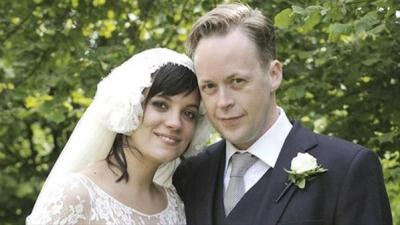 Ünlü Şarkıcıdan Şok İtiraf: Kocamı Tur Otobüsünde Aldattım