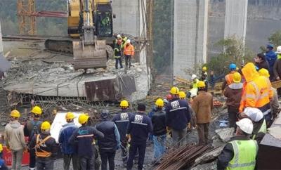 Viyadük Çalışmasında Feci Kaza! İşçiler Beton Blok Altında Kaldı