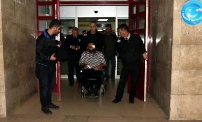 Zonguldak'ta Bıçaklı Doktor Sokak Ortasında Dehşet Saçtı! 3 Polis Yaralı