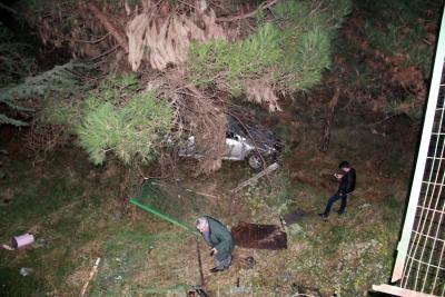 Zonguldak'ta Feci Kaza! Otomobil 15 Metreden Uçtu: 1 Kişi Yaralandı