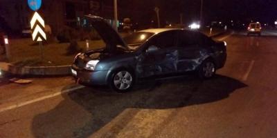 Zonguldak'ta Feci Kaza! İki Otomobil Kafa Kafaya Çarpıştı: 5 Yaralı